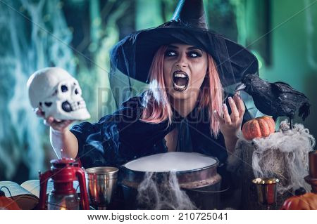 Witch Tellis Magic Words To Skull