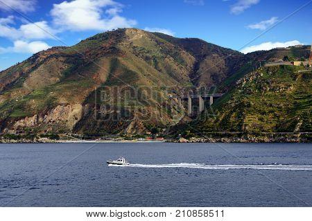 Speeding Pilot Boat in Strait of Messina
