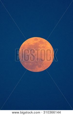 Red Moon Up In The Sky, Night Sky