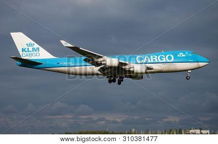 Klm Cargo Boeing 747-400 Ph-cka Cargo Plane Landing At Amsterdam Schipol Airport