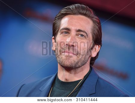 LOS ANGELES - JUN 26:  Jake Gyllenhaal arrives for the 'Spider-Man: Far From Home' World Premiere on June 26, 2019 in Hollywood, CA
