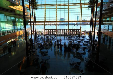 Detroit, Michigan/united States- September 9: The Renaissance Center In Detroit Is A Group Of Seven