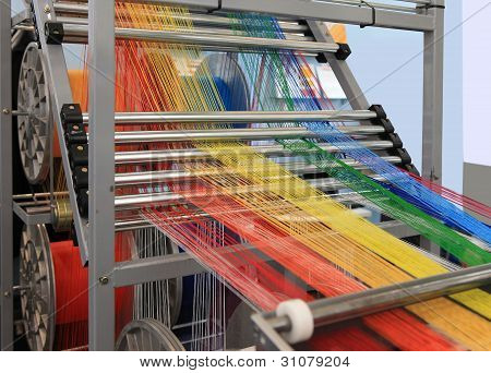 Multi-colored Yarns In The Textile Machine