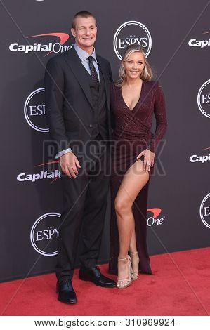 LOS ANGELES - JUL 10:  Rob Gronkowski and Camille Kostek arrives to ESPY Awards 2019  on July 10, 2019 in Hollywood, CA