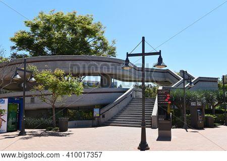 IRVINE, CALIFORNIA - 16 APRIL 2020: Watson Bridge leads from University Center to the University of California Irvine, UCI.
