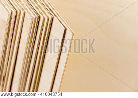 Plywood Sheets For Construction Work And Interior Decoration