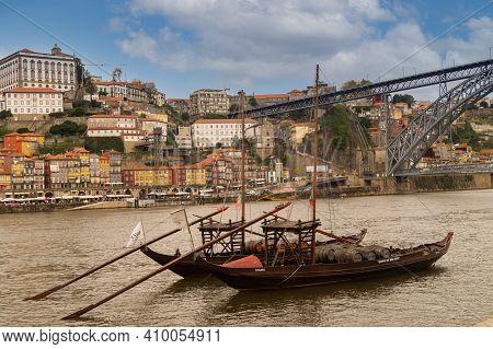 Porto,portugal - November 21,2014 : City View Of Porto And The Douro River, Porto, Portugal.