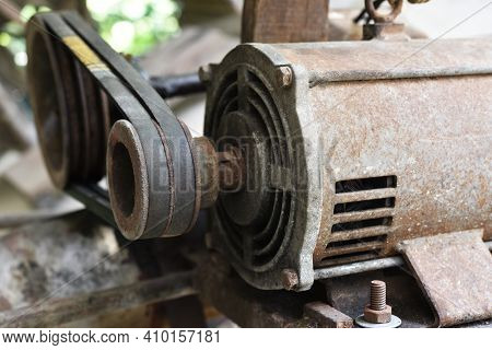 Pulley And Belt Are Transmission To Water Pump
