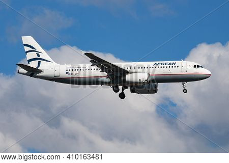 Istanbul, Turkey - March 30, 2019: Aegean Airlines Airbus A320 Sx-dvv Passenger Plane Arrival And La