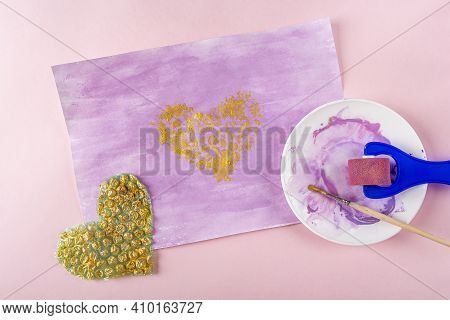 Diy And Kids Creativity Step By Step Instruction: Drawing Greeting Card Non-standard Method. Step3 P