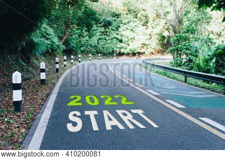 Start Line To 202 On Road In Wood The Beginning Of A Journey To The Destination In Business Planning