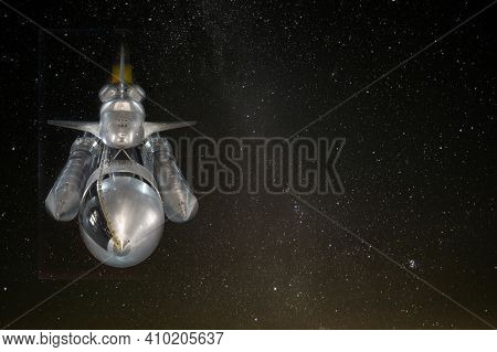 Spaceship In Space With Copy Space. The Elements Of This Image Furnished By Nasa.