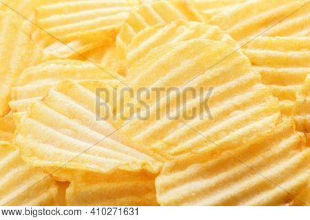 Potato Chips Pattern. Yellow Corrugated Salted Potato Chips As Food Background. Chips Texture, Studi