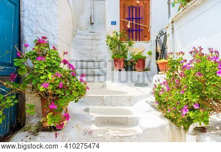 Street In Plaka District, Athens, Greece. Plaka Is Tourist Attraction Of Athens. Beautiful Sidewalk