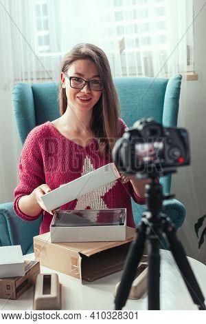 Close-up Camera Screen, Woman Blogger Makes Video Of Unpacking G