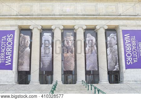 CHICAGO, ILLINOIS - SEPTEMBER 5, 2016: Field Museum. With banners for the Terra Cotta Warriors exhibit.