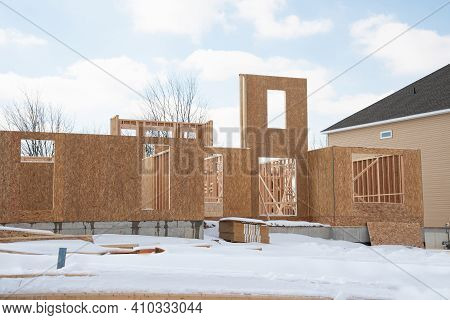 Start Of Construction Of A Plywood House New Wall Material