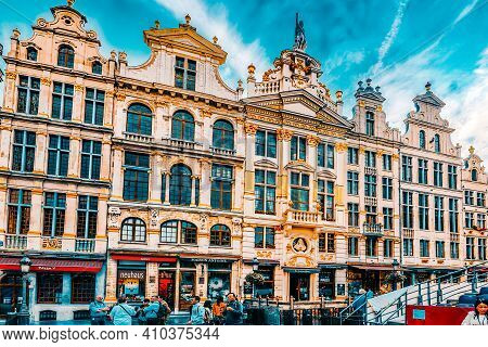 Brussels, Belgium - July 07, 2016 : Grand Place (grote Markt) - Central Square Of Brussels. It Is Su
