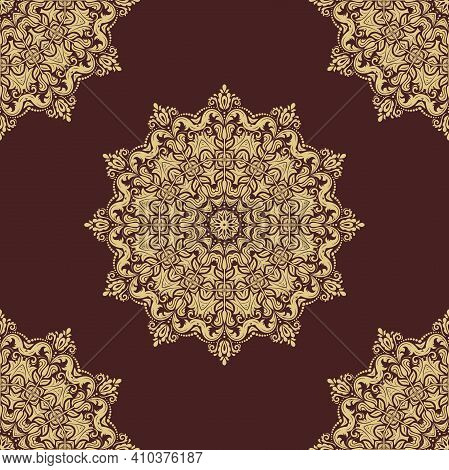 Classic Seamless Pattern. Damask Orient Round Golden Ornament. Classic Vintage Background. Orient Or