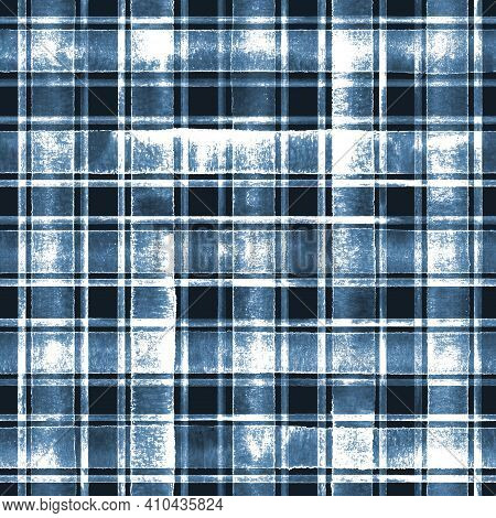 Watercolor Grunge Shabby Chic Stripe Plaid Seamless Pattern. Blue Indigo Stripes On White Background