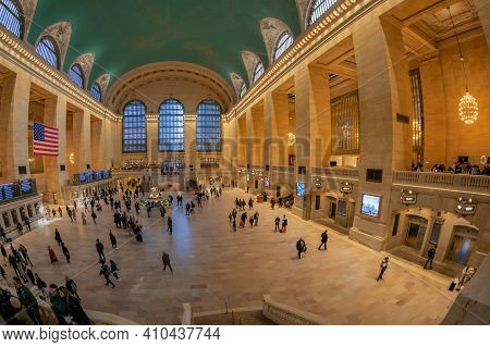 New York, Usa - March 7, 2020: Interior Of Grand Central Terminal, Located At 42nd Street And Park A