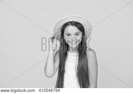 Summer Travel. Vacation Mood. Tropical Tour. Sale And Discount. Goods For Kids. Adorable Little Girl