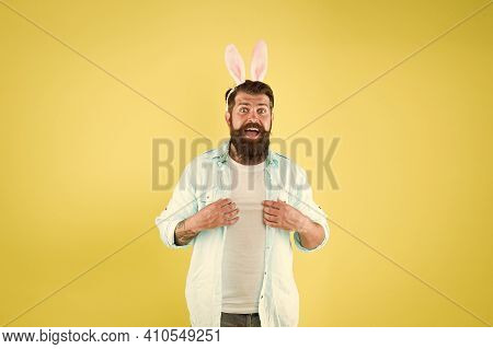 Horoscope Sign. Difference Between Rabbits And Hares. Chinese Zodiac. Male Rabbit Personality Traits