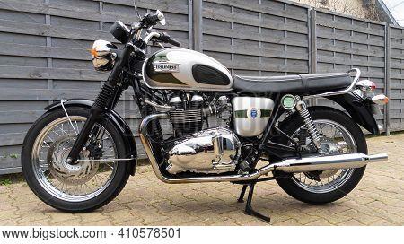 Bordeaux , Aquitaine France - 02 25 2021 : Triumph Bonneville T100 Bonnie 110 Th Anniversary Bike De