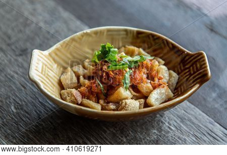 Pork Crackling From Lard Or Stir-fried Pork Crackle Seasoning With Spicy-sweet Dipping Sauce In Cera