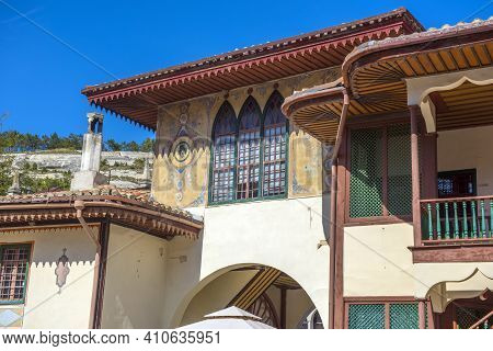 Bakhchisarai, Crimea,19.09.2020 .  The Khan's Palace. It Was Built In The 16th Century, Decorated In