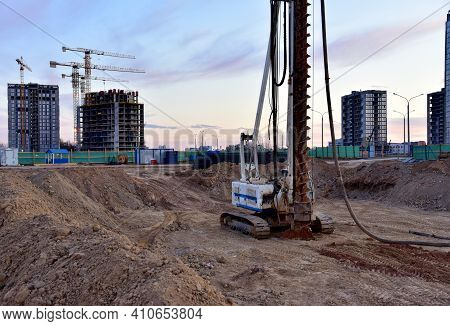 Vertical Tamrock Pile Foundation Drilling Machine. Drill Rig At Construction Site. Ground Improvemen