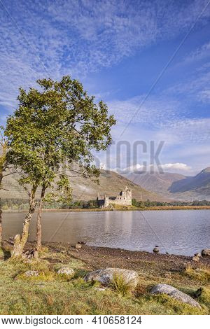 Kilchurn Castle And Loch Awe, Argyll And Bute, Scotland