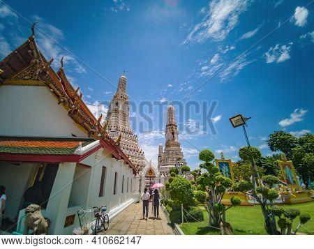 Bangkok/thailand-29 June 2019:tourist Walking In Wat Arun, Locally Known As Wat Chaeng, Is A Landmar