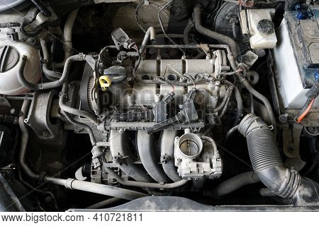 Top View Of A Partially Disassembled Engine Of A Modern Car During Repairs. Removed Intake Manifold,