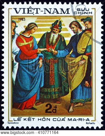 Vietnam - Circa 1983: A Stamp Printed In Vietnam Shows Marriage Of Maria, Painting By Raphael, Circa