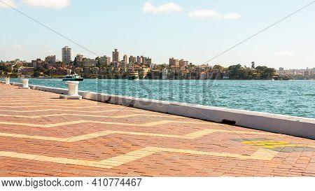 Sydney, Australia - January 12, 2009: Beautiful View Of Sydney Promenade.