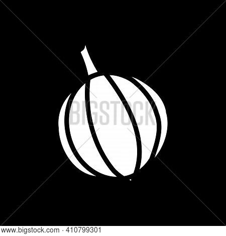 Whole Onion Dark Mode Glyph Icon. Fresh Vegetable For Cooking. Grocery Product And Foodstuff. Recipe