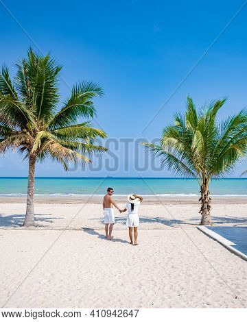 Couple On Vacation In Thailand, Chumpon Province, White Tropical Beach With Palm Trees, Wua Laen Bea
