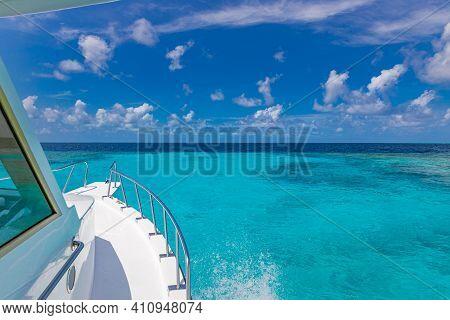 Luxury Yacht In Beautiful Ocean. Summer Travel Adventure, Recreational Vacation, Amazing Sea Horizon
