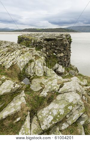 World War Ii Pillbox, Borth Y Gest, At The End Of The Glaslyn Estuary.