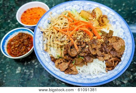 Traditional Vietnamese Bun Vermicelli Salad