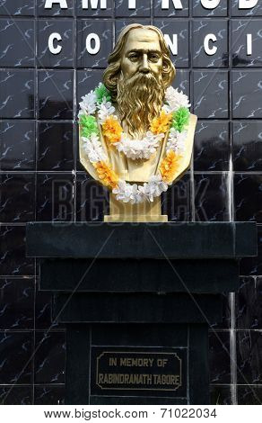 KOLKATA - FEBRUARY 10: Monument of Rabindranath Tagore on February 10, 2014 in Kolkata, India, he became the first non-European to win the Nobel Prize in Literature in 1913.