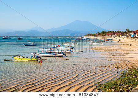 Turquoise paradise beach at Nusa Lembongan island Indonesia poster
