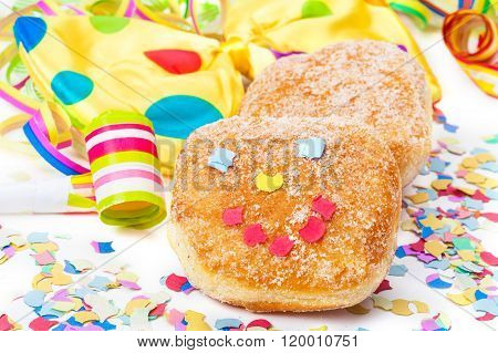 Donut With Face, Carnival