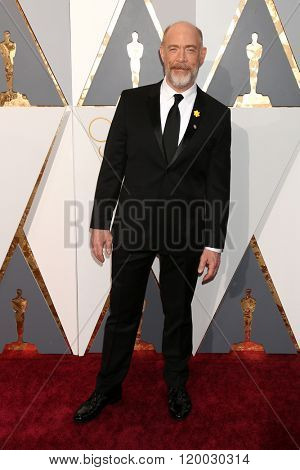 LOS ANGELES - FEB 28:  J.K. Simmons at the 88th Annual Academy Awards - Arrivals at the Dolby Theater on February 28, 2016 in Los Angeles, CA