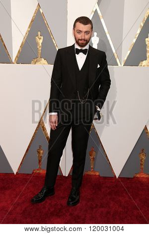 LOS ANGELES - FEB 28:  Sam Smith at the 88th Annual Academy Awards - Arrivals at the Dolby Theater on February 28, 2016 in Los Angeles, CA