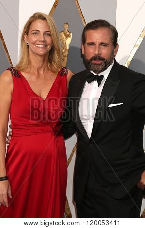 LOS ANGELES - FEB 28:  Nancy Carell, Steve Carell at the 88th Annual Academy Awards - Arrivals at the Dolby Theater on February 28, 2016 in Los Angeles, CA