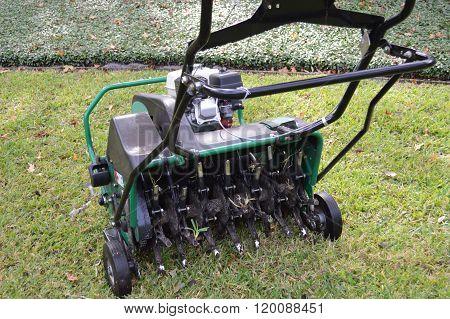 Lawn Aerator machine