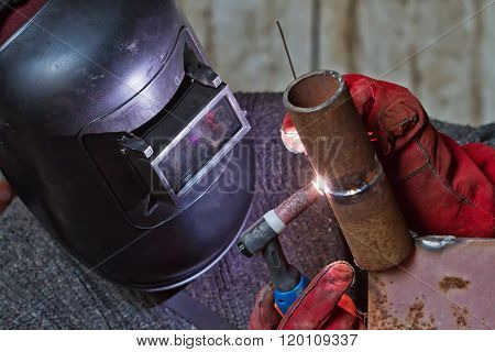 method of argon-arc welding
