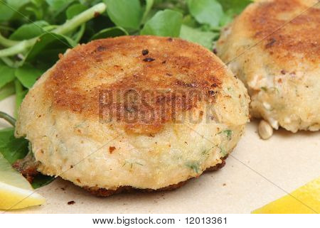 Salmon fishcakes with watercress salad